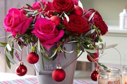 decoration-noel-roses-rouges-auxerre-n13fleuriste