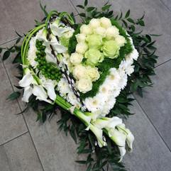 coeur-fleurs-deuil-livraison-chevannes.j