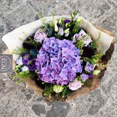 Bouquet d'Hortensia et fleurs variées