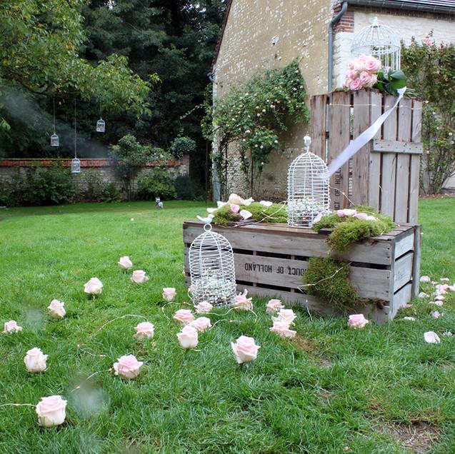 decor-romantique-location-caisse-bois-ma