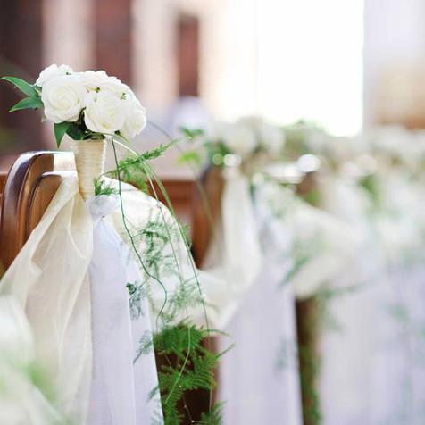 Fleurir les bancs d'église