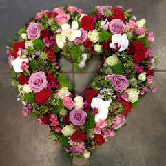 coeur-fleurs-deuil-livraison-crematorium