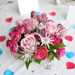 Centre de table, fleurs piquées