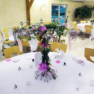 chandelier-fleuri-mariage-fleuriste-auxe