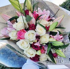 Bouquet de roses et lys