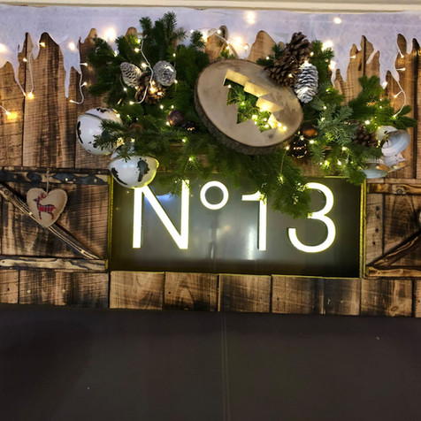 N°13 Fleuriste Auxerre et son décor de Noël