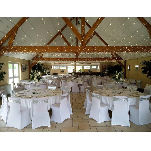 plafond-lumineux-decoration-mariage-fleu