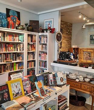 lakeside-books-and-art.jpg