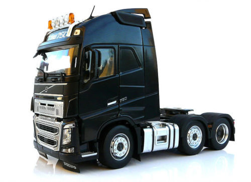 MarGe 1:32 Volvo FH16 6x2 in Black