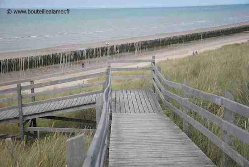 Access path to Ecardines beach
