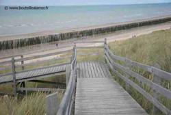 Accès à la plage des Ecardines depuis le