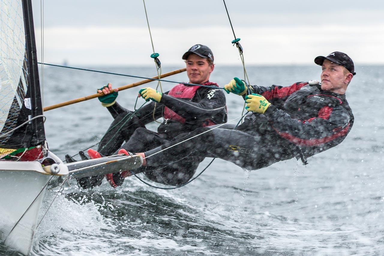 Team Lyngbek elite 49er sailing