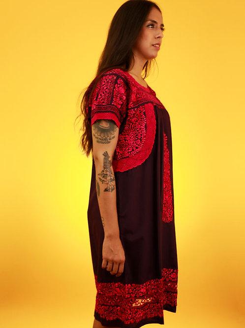 S/M Red on Maroon Deshilado Dress de San Pedro Mártir