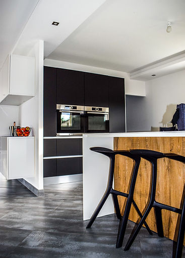 apartment-architecture-cabinets-533157.j