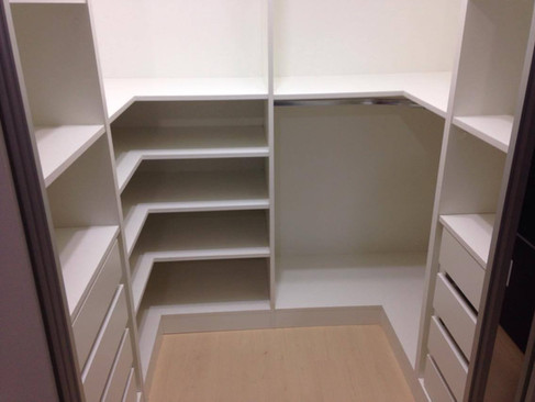 Closet - A2.jpg