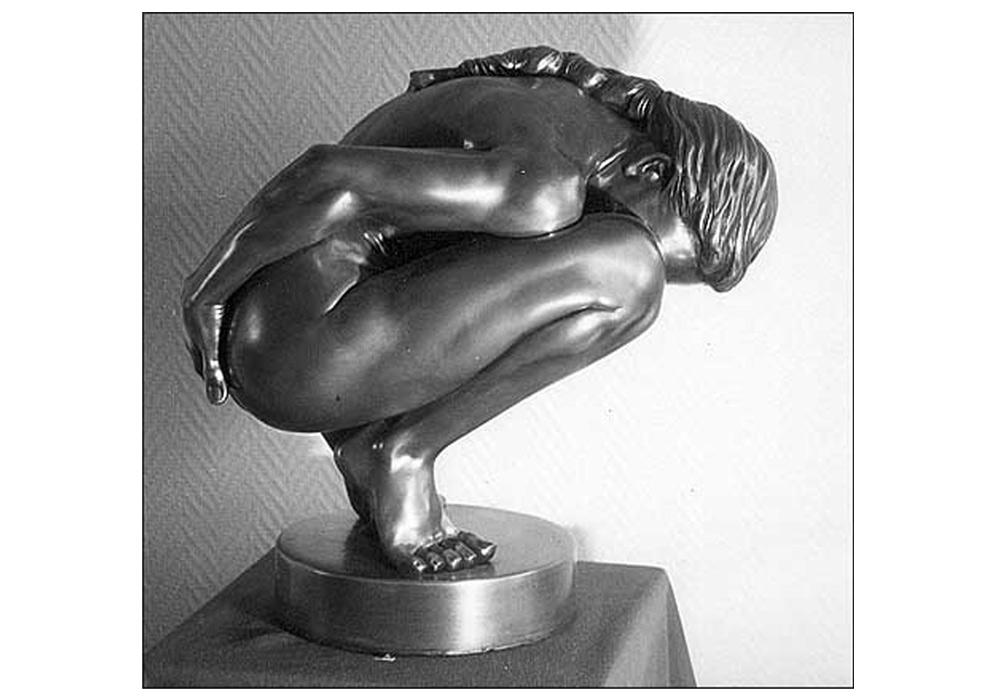 Cache cache - Sculpture de femme nue