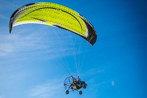 Paramoteur proche Aire sur Adour
