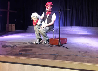 SPECTACLE DE VENTRILOQUE A L'ECOLE DE L'ALLIANCE