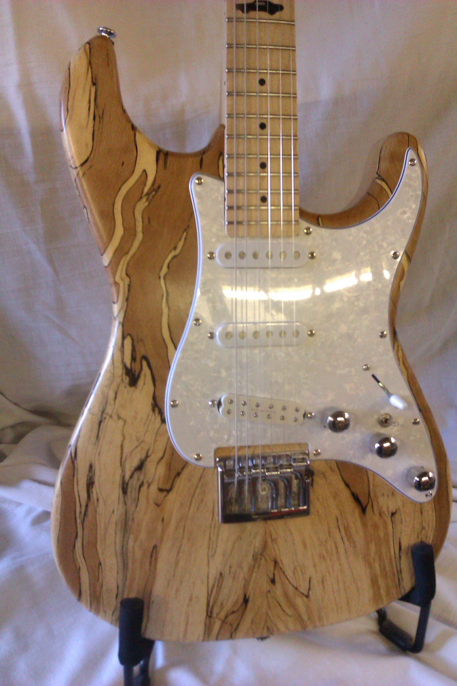 Menapia Spalted Beech Strat