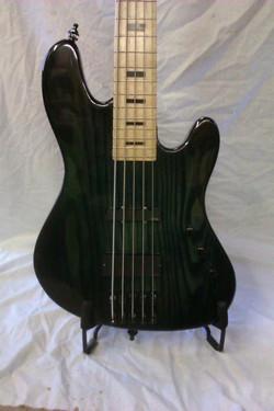 Menapia 5 string Custom