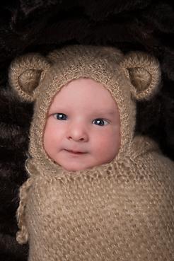 Photographer Geneva newborn baby