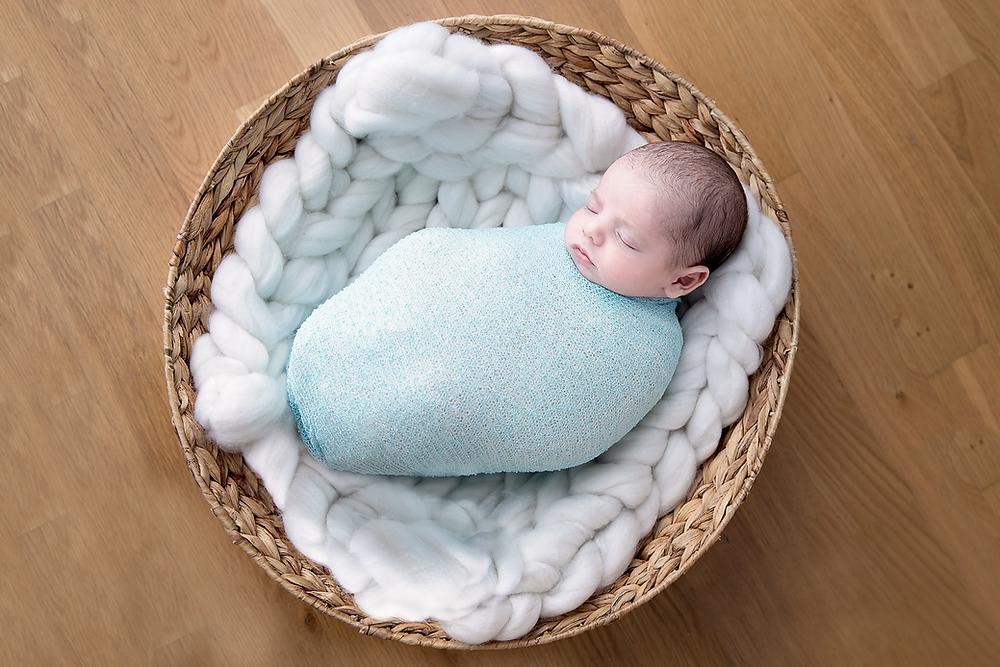 Newborn baby photography Geneva