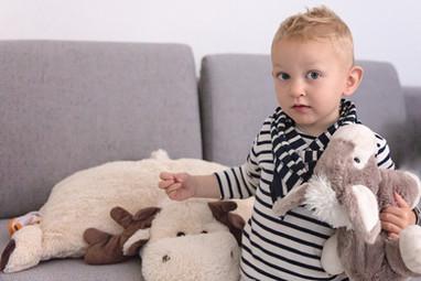 Family portrait photographe Geneva Switzerland photographer portraits baby nouveau-né grossesse maternity Genève