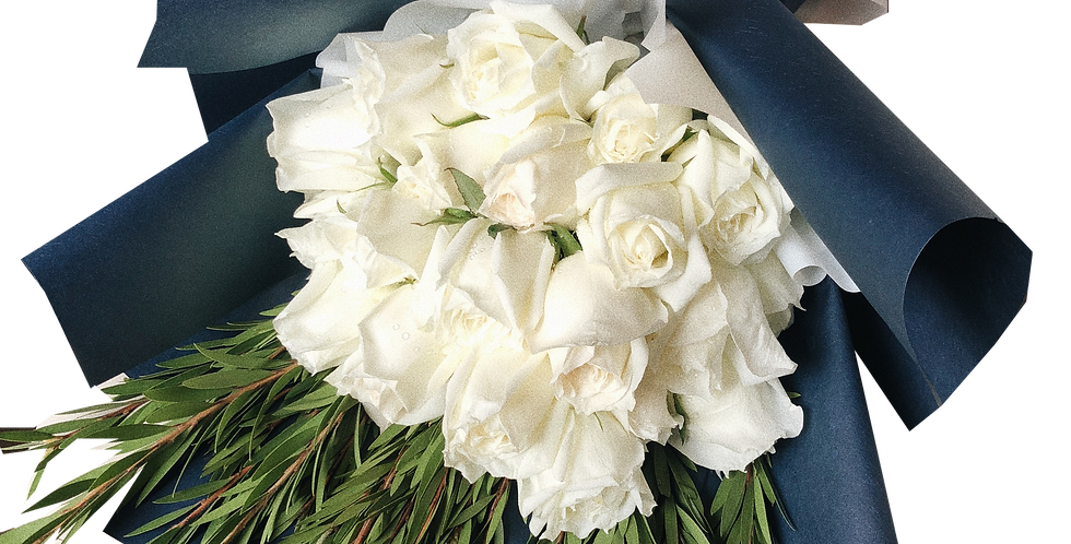 20 White Roses with Green Leaves