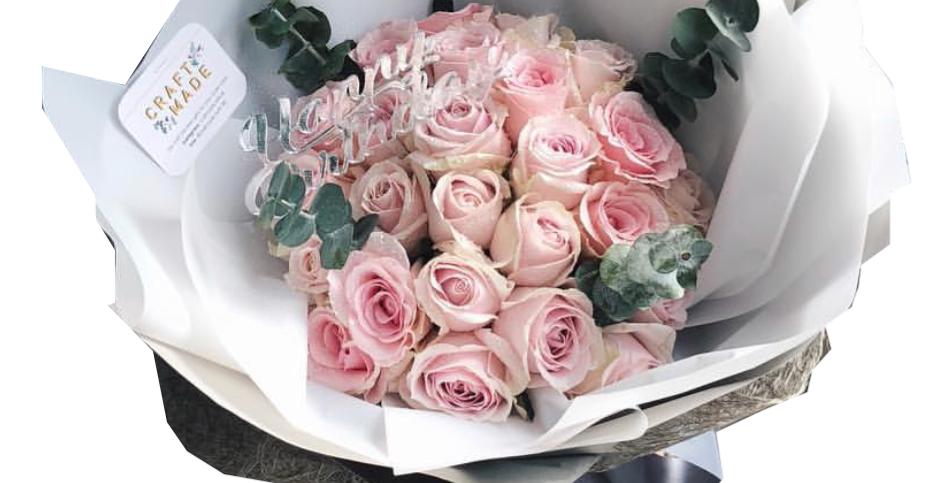 30 Light Pink Roses