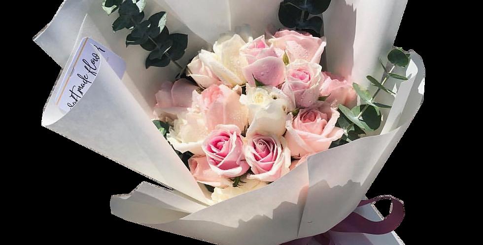 15 Pink Tone Roses