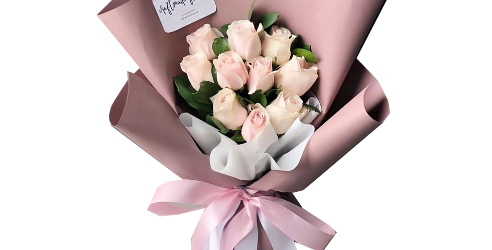 10 Light Pink Roses With Leaves