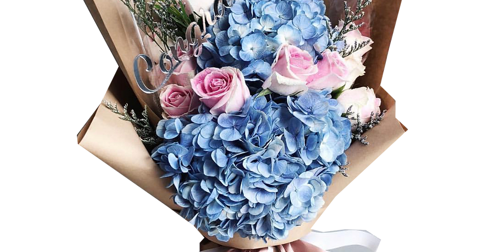 Pink Roses with Blue Hydrangeas