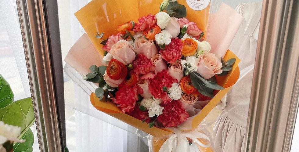 Summer Orange Bouquet - Size M-L