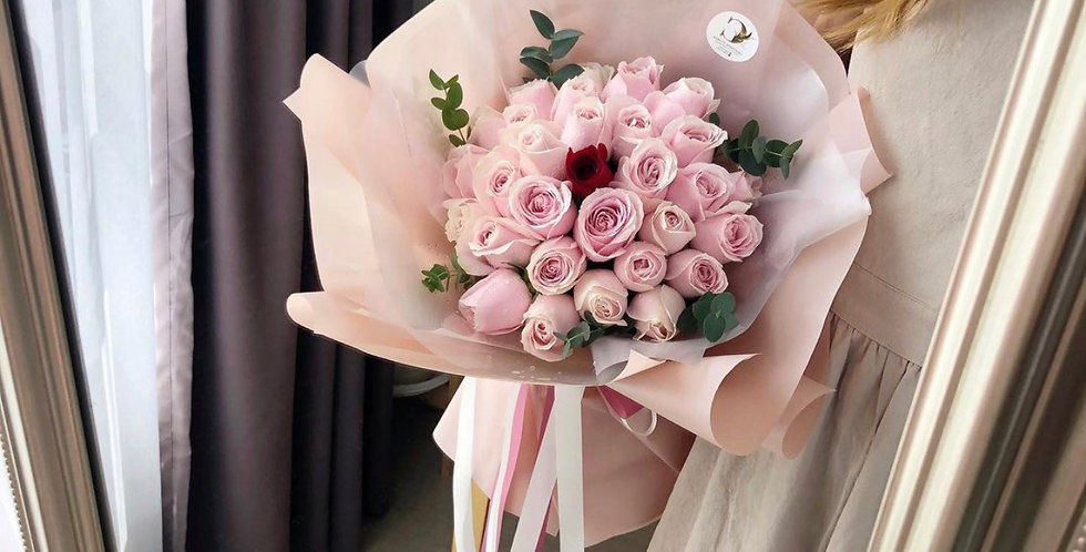 40 Light Pink Roses with 1 Single Red Rose