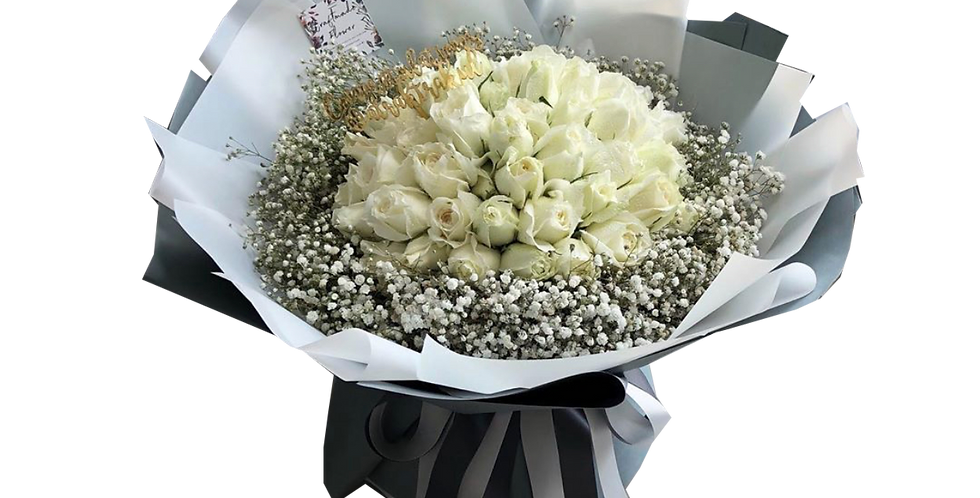 50 White Roses with Gypsy