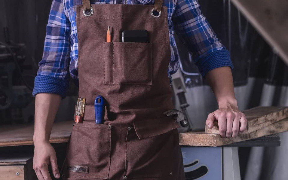 heavy-duty-apron-featured-image.jpg
