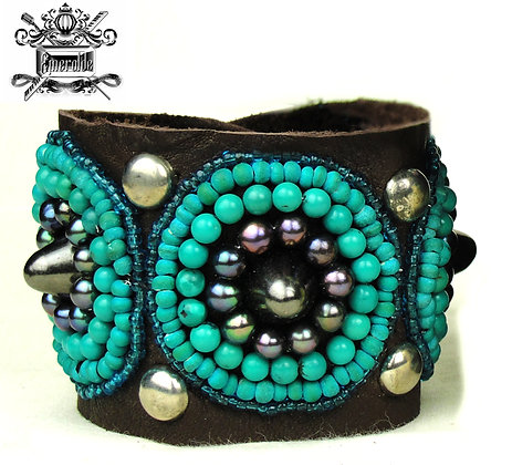 Turquoise Beads, Black Pearls and studs in 925