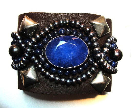 Genuine Blue Sapphire (Huge) , Black and Silver Pe