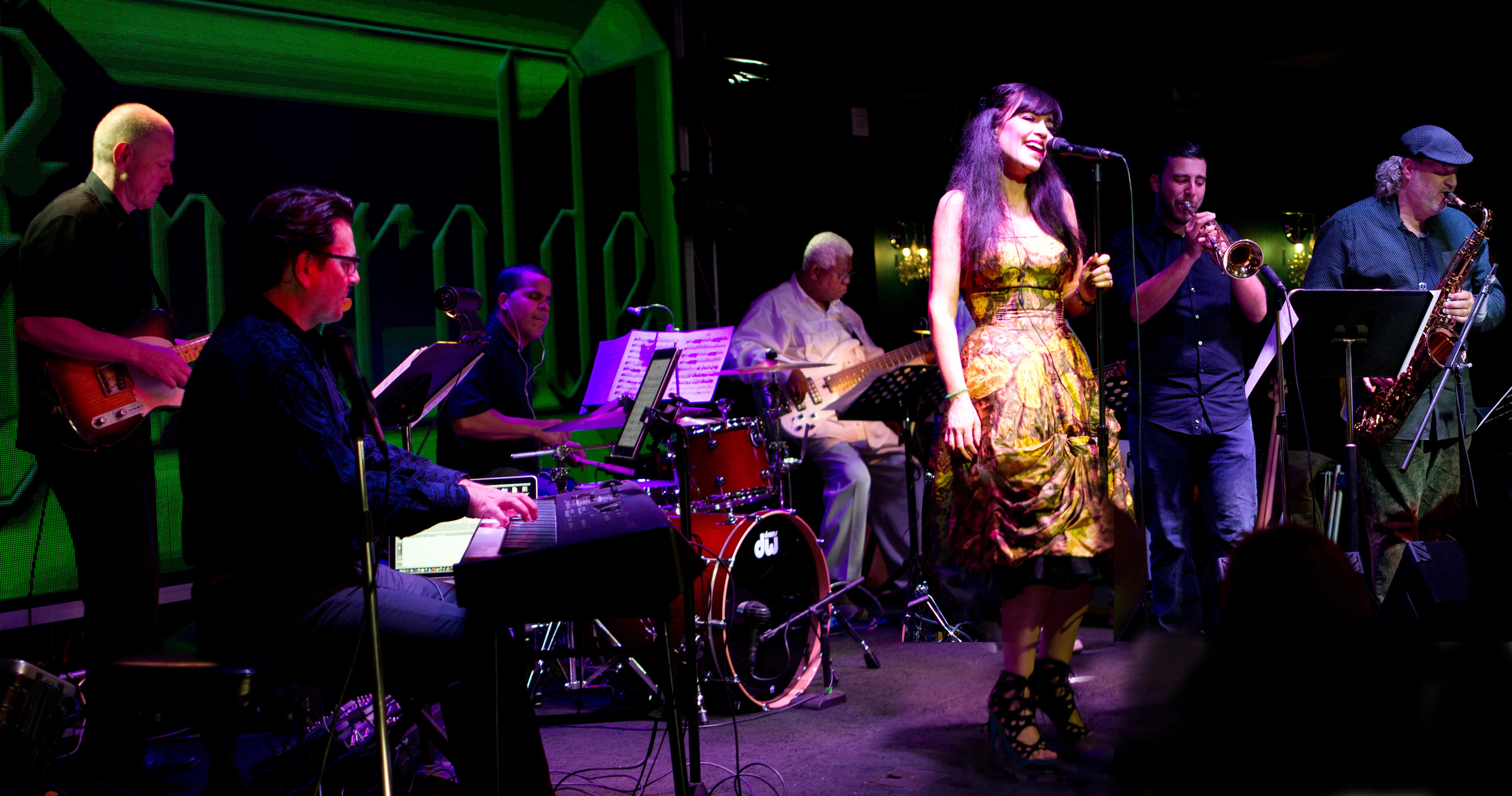 Emeralde Live at Bogie's