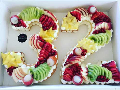 עוגת מספר 32 פירות
