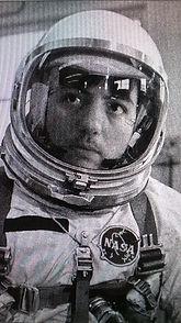astronaute3.jpg