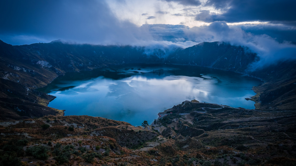 Laguna Quilotoa during the blue hour - Quilotoa, Ecuador