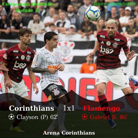 Decidido pelo 'VAR', Corinthians e Flamengo empatam pelo Campeonato Brasileiro.