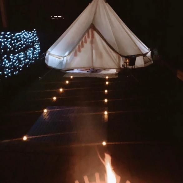 Moody Glamping Vibes are our Fav!
