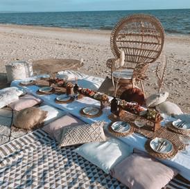 Boho pallet picnic