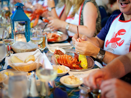 9 AMAZING Lobster Dinners in Halifax