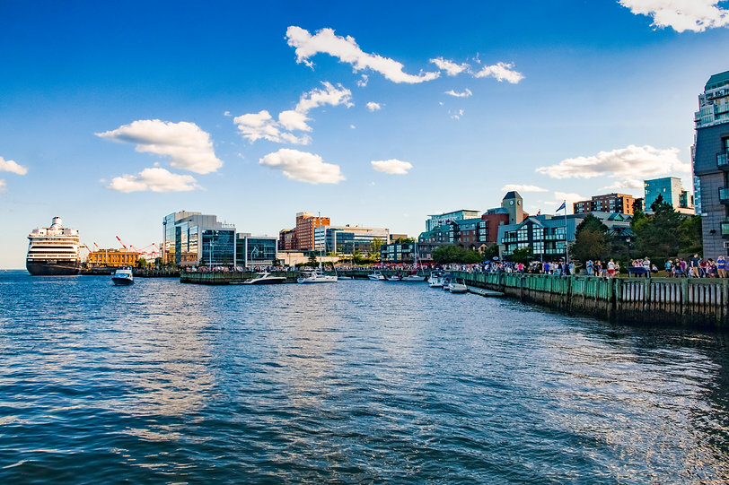 Busy_Waterfront_Photography_by_Scott_Mun