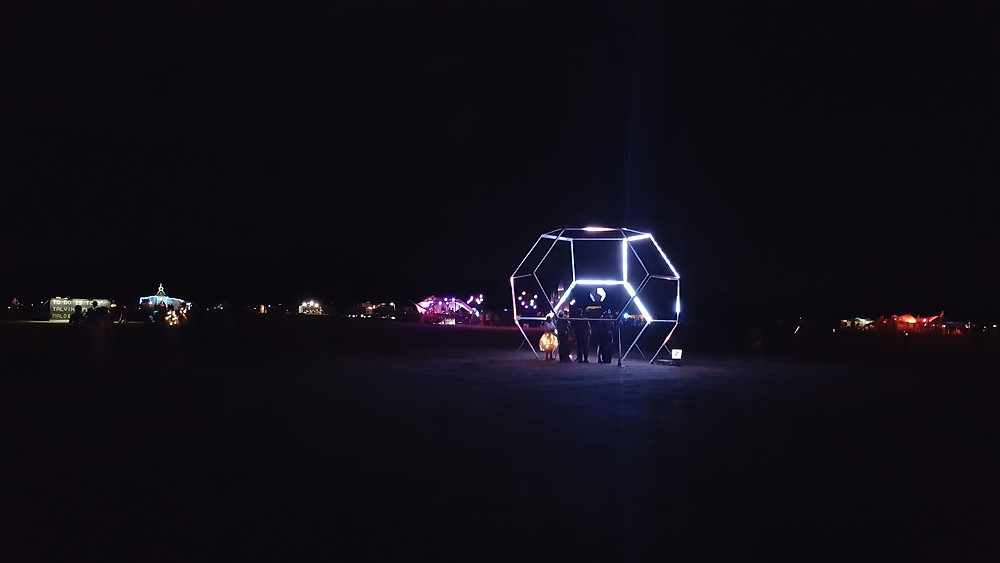 installation Nowhere Festival de nuit