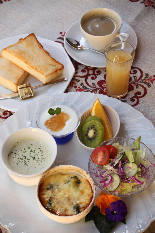 Breakfast / 朝食
