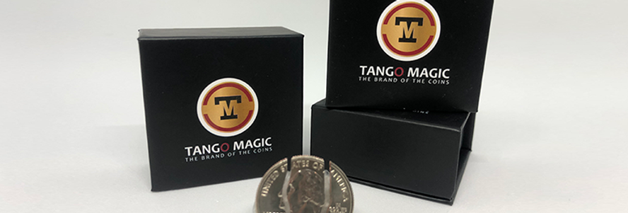 Folding Coin Quarter (D0021) (Traditional) by Tango Magic - Trick